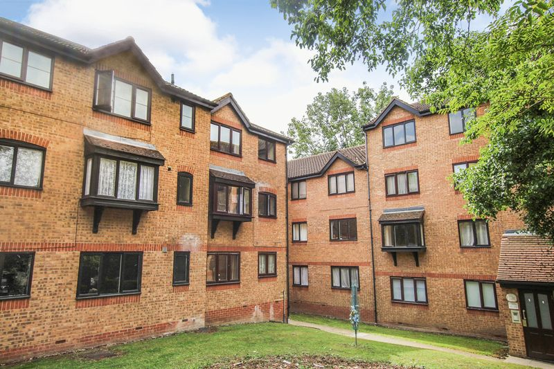 Bradfield Court Linnet Way