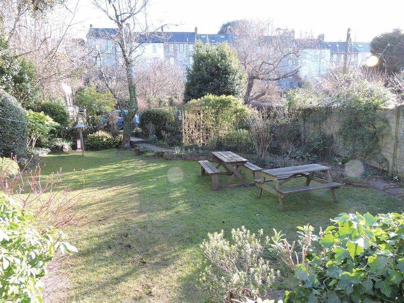 Queens Terrace