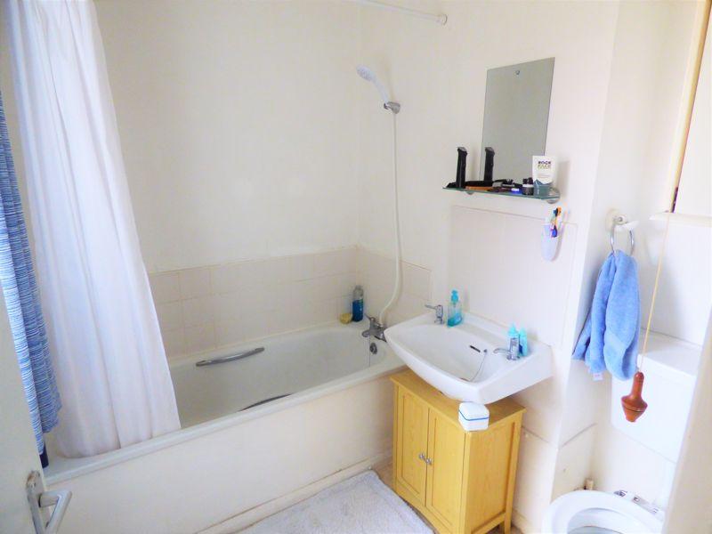 Photo 7 (furnished)