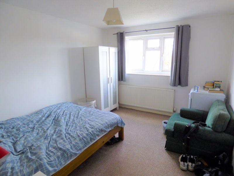Photo 8 (furnished)
