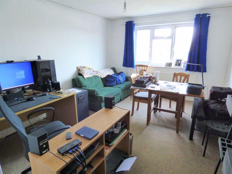 Photo 10 (furnished)