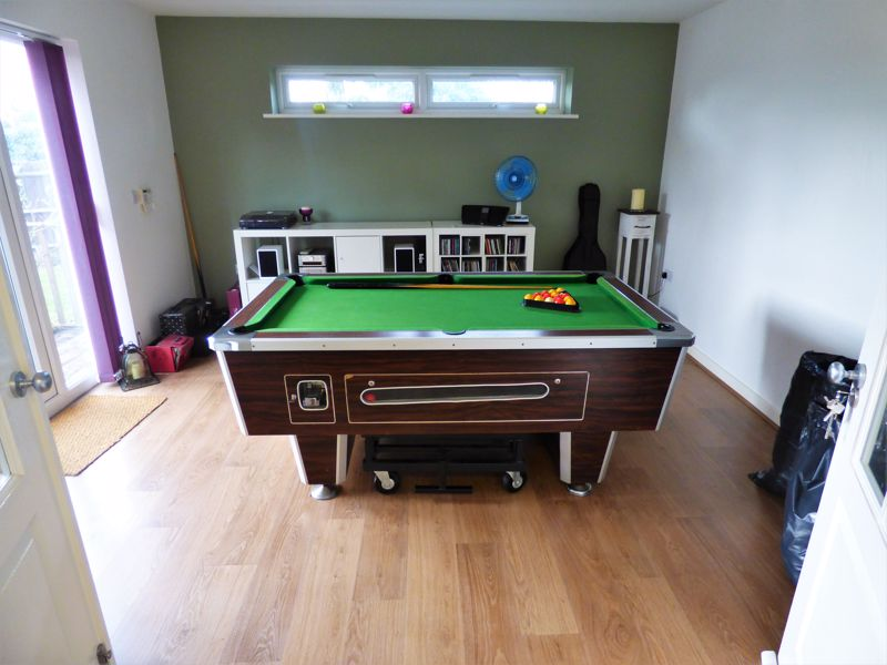 Pool Room (Outbuilding)
