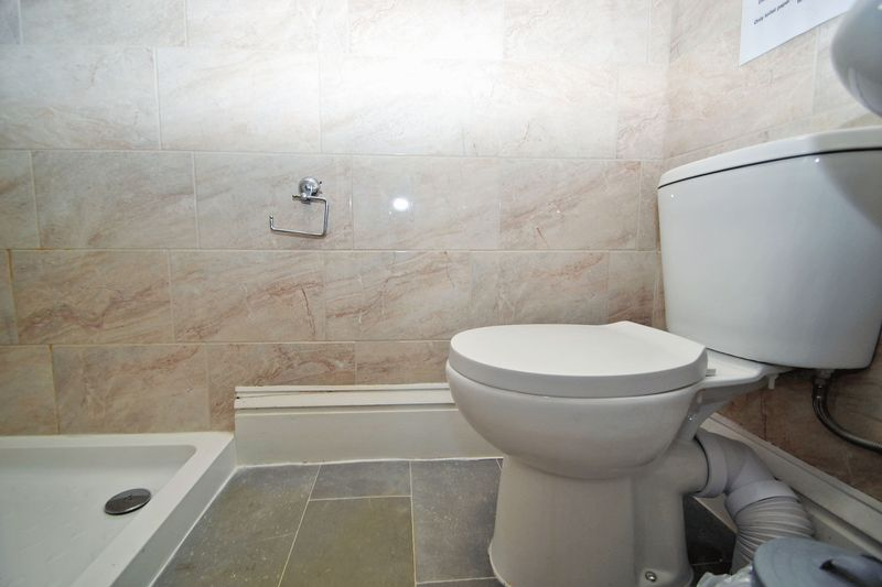 En Suite Shower Room for Room 6